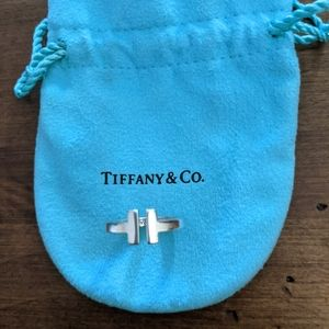 Tiffany Co T ring size 5